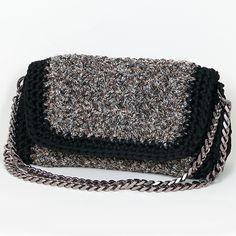 Handmade crochet flap bag Handmade Bags, Saddle Bags, Tweed, Handbags, Crochet, Fashion, Purses, Chrochet, Moda