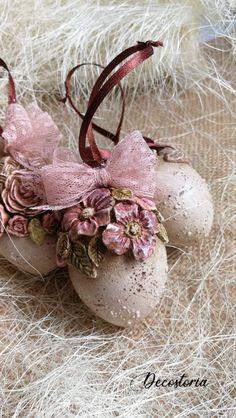Hoppy Easter, Easter Gift, Easter Eggs, Easter Projects, Easter Crafts, Easter Egg Designs, Shabby, Easter Table Decorations, Easter Season