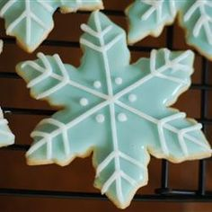 The Best Rolled Sugar Cookies http://allrecipes.com/Recipe/The-Best-Rolled-Sugar-Cookies/Detail.aspx?evt19=1