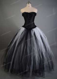 White Black Long Gothic Prom Dress - D-RoseBlooming Source by prom dress gothic Black And White Prom Dresses, Black White Wedding Dress, Dress Black, Gothic Gowns, Gothic Dress, Steampunk Dress, Gothic Steampunk, Steampunk Clothing, Tulle Dress