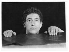 1931. Alberto Giacometti par Jacques André Boiffard. Paris