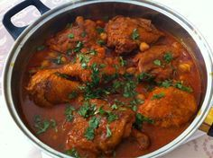 Chtitha djedj (poulet sauce rouge)