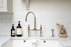 details in the Classic Clapham Kitchen by deVOL.