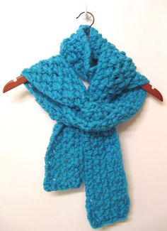 Classic wool scarf.