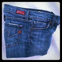 """Citizens of Humanity jeans Medium rinse, purposely frayed, excellent condition. Kelly #001 low waist boot cut. 30.5"""" inseam. Citizens of Humanity Jeans"""