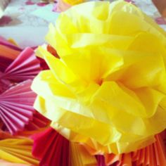 DIY yellow pom pom