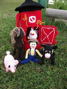 Crochet barn, animals and farmer included?!? Oh yeah! ---- I think my kids need a farm...