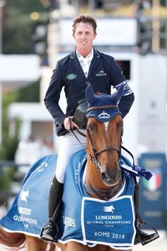 Overall Winners of the Longines Global Champions Tour 💟 John Whitaker, Dressage Horses, Show Jumping, Heritage Brands, Horseback Riding, Billie Eilish, Ponies, Equestrian, Champion