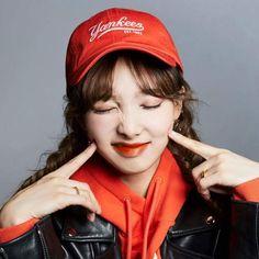 Twice - Nayeon Kpop Girl Groups, Korean Girl Groups, Kpop Girls, Kpop Aesthetic, Aesthetic Girl, Most Beautiful Faces, Beautiful Women, Nayeon Twice, Yes I Have