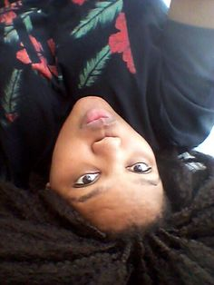 Upside down selfie, cause I am no ordinary being.... vele...
