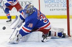 New York Rangers goalie Henrik Lundqvist (30), of Sweden, stops a shot on goal during the first period of an NHL hockey game against the Florida Panthers, Monday, March 21, 2016, in New York. (AP Photo/Frank Franklin II)