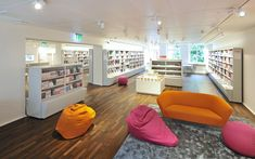 GGG City Library, Basel The modern library in old Schmiedenhof Photo: © Lilli Kehl, Basel Interior Design And Space Planning, City Library, Hotel Architecture, Modern Library, Drupal, Basel, Bean Bag Chair, Refurbishment, Building