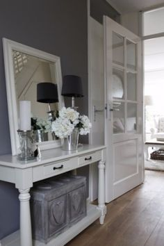 Mart Kleppe // the mirror is perfect! would be cool by the front door to open up the entry space/table. - Fox Home Design Hallway Inspiration, Interior Inspiration, Hallway Decorating, Interior Decorating, Foyer Design, House Design, Home Interior, Interior Design, Grey Hallway