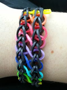 Rainbow Loom Patterns: Infinity Rainbow Loom Pattern (youtube tutorial)