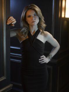Erin Richards as Barbara Keane.