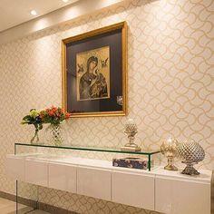Sala | Detalhe do aparador desenhado por @fabricaarquitetura  @thiagolfreire #fabricaarquitetura #interiores #instahome #webdecor #salas #recife