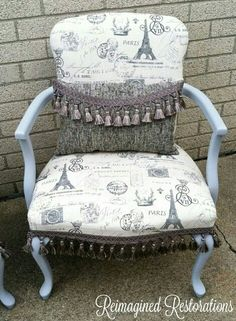 Cute Accent Chairs, Restoration, Furniture, Home Decor, Upholstered Chairs, Decoration Home, Room Decor, Home Furnishings, Arredamento
