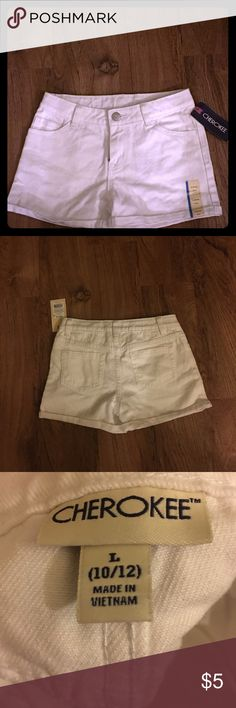 💕White shorts White shorts. NWT. no trade. All clothes will be freshly washed unless NWT. Same day shipping if placed by 3 PM except Sunday. Bundle to save on shipping costs .8 Cherokee Bottoms Shorts