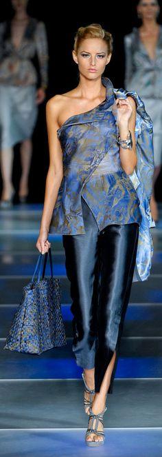 Giorgio Armani Ready To Wear Spring/Summer 2012