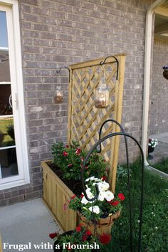Mini yard trellis