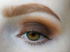 Kat Von D Saint and Sinner EyeShadow Palette Limited Edition отзывы — Косметиста #eyemakeups #MakeupLooks #FirmingEyeCream Blue Eye Makeup, Eye Makeup Tips, Makeup For Brown Eyes, Skin Makeup, Makeup Inspo, Makeup Inspiration, Makeup Ideas, Pretty Makeup, Simple Makeup