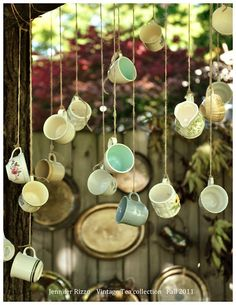 tea party.. garden idea.. mad hatter approved!