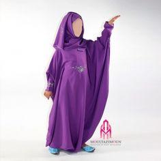 Nice for ramadan Modest Clothing, Modest Outfits, Modest Fashion, Girl Outfits, Modest Wear, Kids Abaya, Little Girl Dresses, Girls Dresses, Fashion Art