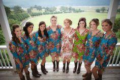 Found on WeddingMeYou.com - Bridal Party Kimono Robe by www.etsy.com/shop/silkandmore?section_id=12352903 #bridalrobe #bridesmaidsrobe #wedding