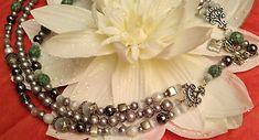 Collier-sautoir-3-rangs-perles-diverses-bleu-gris-nacre-metal-argente-necklace