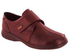 Expert Verdict Ladies Waterproof Leather Shoes These leather shoes are the only ones weve found that combine stylish design and comfort with supreme water resistance, so you can take them walking or shopping without worrying about the weather. http://www.MightGet.com/january-2017-11/expert-verdict-ladies-waterproof-leather-shoes.asp