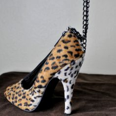 Sexy Leopard High Heel Shoe Purse/Evening Bag W/ Chain Strap By Braciano