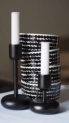 Marimekko and Iittala … my two favourite Finnish brands xx Nordic Home, Scandinavian Interior, Scandinavian Style, Marimekko, Black And White Interior, Nordic Design, Decoration, Interior And Exterior, Home Accessories