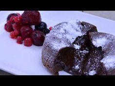 Cake Youtube, Lava Cakes, Delicious Dishes, Hot, Desserts, Tailgate Desserts, Deserts, Postres, Dessert