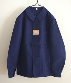 Work Coveralls, British Style Men, Daily Fashion, Mens Fashion, Working Blue, Kind Of Blue, Work Jackets, Japanese Outfits, Top Coat