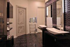 Bathroom Area.. Laghi