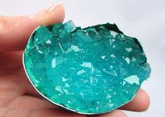 Fabriquer une géode cristalline
