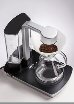 Daily Coffee News by Roast Magazine – From Manual to Machine, Chemex Unveils the 'Ottomatic' Coffee Brewer Pour Over Coffee Maker, Best Coffee Maker, Coffee Shop, Coffee Drinks, Coffee Cans, Cappuccino Machine, Espresso Machine, Coffee Brewer, Chemex Coffee