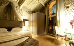 Pagliazza Tower Suite  http://www.hotelbrunelleschi.it