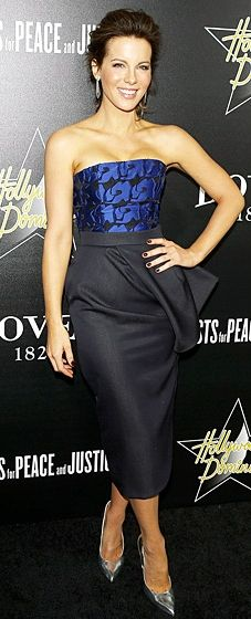 Kate Beckinsale wears a blue-printed bustier and draped skirt (both by Dior) at the Hollywood Domino & Bovet 1822's Pre-Oscar Gala