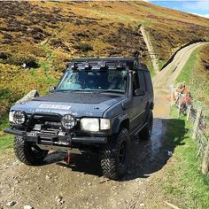 Love A Discovery We Do @phil_tetlow #LandRover #LandRoverOffRoad  #LandRoverDefender #LandRoverDiscovery #LandRoverFreelander #LandRoverSeries  #Defender90 #Defender110 #DefenderTd5 #Discovery1 #Discovery2 #Discovery3 #DiscoveryTd5 #Series1 #Series2  #FreeLander #300Tdi #200Tdi #Td5 #OffRoad #4x4 #RangeRover #RangeRoverClassic by landrover24_7 Love A Discovery We Do @phil_tetlow #LandRover #LandRoverOffRoad  #LandRoverDefender #LandRoverDiscovery #LandRoverFreelander #LandRoverSeries…