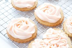 Ribbons and Roses Cookies 3