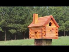 FREE bird house plans to make a LOG-CABIN shaped nesting box. COMPLETE instructions to create a wooden bird box for bluebirds, wrens . Wooden Bird Feeders, Wooden Bird Houses, Bird Houses Diy, Diy Log Cabin, How To Build A Log Cabin, Rustic Cabins, Log Cabins, Bird House Plans Free, Bird House Kits