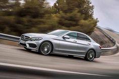 Nuova Mercedes Classe C, ecco la media - Più grande, leggera, efficiente e sicura #mercedes http://www.auto.it/2013/12/16/nuova-mercedes-classe-c-ecco-la-media/17396/