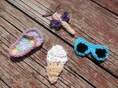Dragonfly, flip flop, ice cream applique