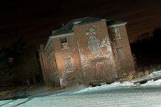 Abandoned Insane Asylums | Abandoned Insane Asylum - Exetor, RI | Flickr - Photo Sharing!