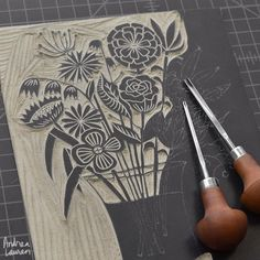 Keeping busy in the studio Stamp Printing, Screen Printing, Linocut Prints, Art Prints, Block Prints, Motifs Textiles, Stamp Carving, Linoprint, Sgraffito