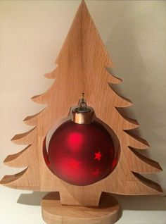What a cute and clever Christmas tree idea!