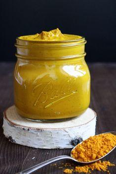 Ihr Lieben ❤️ In Asien, speziell in Indien, ist Kurkuma (Curcumin) ein fester Bestandteil der landestypischen Küche. Die intensiv gelbe Wurzel der Kurkumapflanze ist Bestandteil jedes Curry-Gewürze…