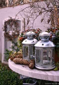 die 47 besten bilder von au endeko im winter weihnachtsstern weihnachtszeit und naturmaterialien. Black Bedroom Furniture Sets. Home Design Ideas