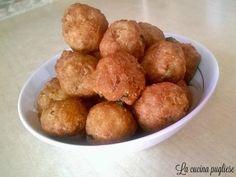 """Le polpette fritte (chiamate in dialetto """"purpette fritte"""") è un piatto tipico delle domeniche salentine! Per la ricetta: http://lacucinapugliese.altervista.org/recipe/polpette-fritte-purpette-fritte/"""